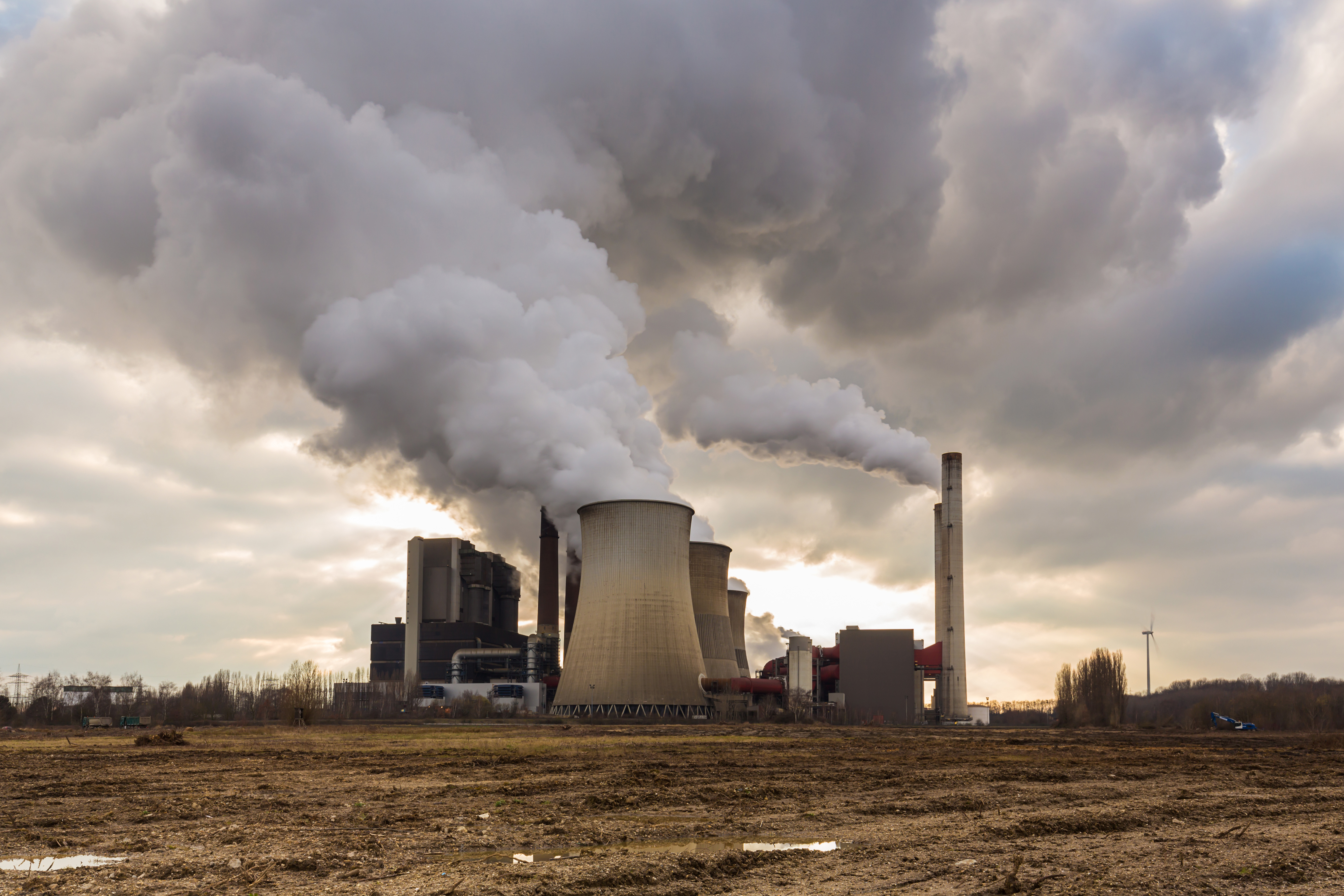 Fossil Fuel Power Plant : Burning fossil fuels poses existential threat to earth