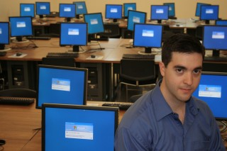 UC San Diego graduate student James Anderson developed open-source software to update computer files on multiple devices automatically.