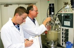 Newswise: Trash Today, Ethanol Tomorrow: Invention Promises Major Advance in BioFuel Production