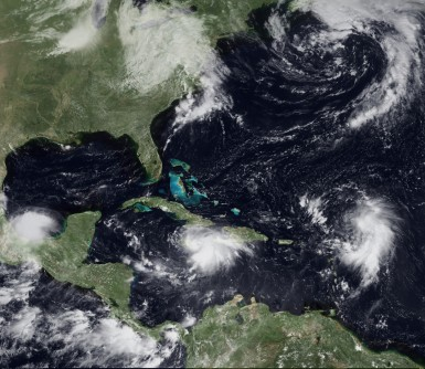 Newswise: New Type of El Niño Could Mean More Hurricanes Make Landfall
