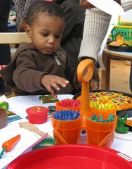 UD's Roberta Golinkoff recommends toys that help develop a child's creativity.