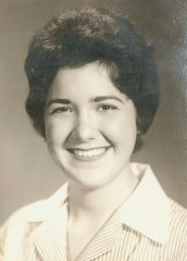 Norma Salahshour, seen in a 1958 photo, always wanted to become a nurse.