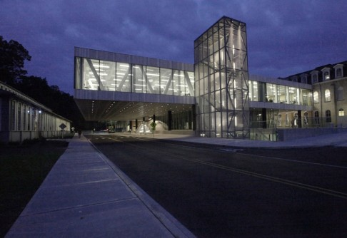 Newswise: Pritzker Prize-Winning Architect Rem Koolhaas to Lecture at Cornell University's Bailey Hall on Oct. 20