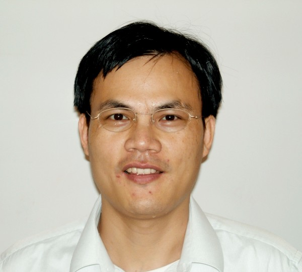 Photo of Haoxing Xu, assistant professor in the U-M Department of Molecular, Cellular and Developmental Biology.