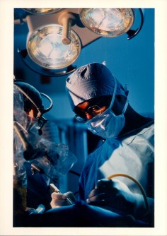 Newswise: Cedars-Sinai Medical Center Studies Galaxy-Exploring Camera in the Operating Room