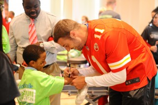 University of Utah alum Alex Smith, quarterback for the Kansas City Chiefs, is a leader on and off the field. Smith will give the 2014 commencement address...