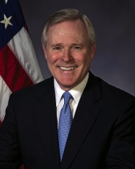 Ray Mabus, the U.S. Secretary of the Navy, will deliver the commencement address at the University of Virginia's 185th Final Exercises on May 18.