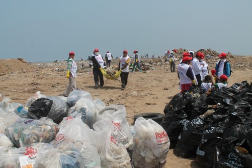 Newswise: More Than 12 Million Pounds of Trash Collected During International Coastal Cleanup