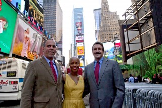 Eddie Temistokle, Toshiba America Inc.; Valisia LeKae,  Broadway actress and ovarian cancer survivor; Dr. David Fishman, The Mount Sinai Hospital