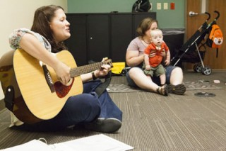 Music therapist Ellyn Hamm, M.M., MT-BC, leads the Baby Vibes class at Vanderbilt Health One Hundred Oaks.