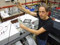 Newswise: Nuclear Spins Control Current in Plastic LED