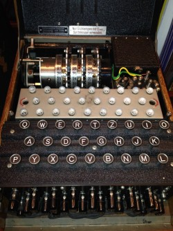 Newswise: Brain Makes Decisions with Same Method Used to Break WW2 Enigma Code