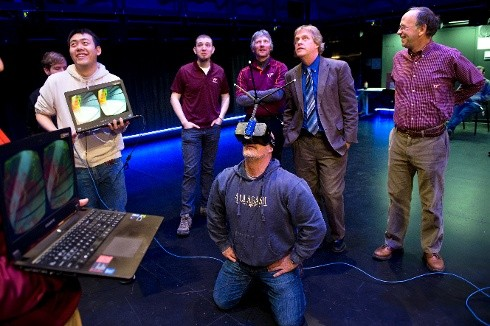Newswise: Weather Channel's Cantore Experiences 3-D Tornado Simulation at Virginia Tech