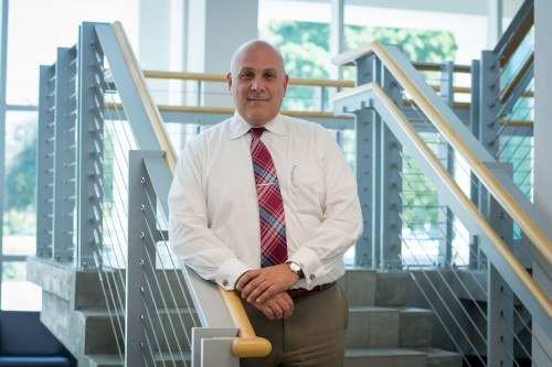 Newswise: FAU Neuroscientist Leads Efforts to Detect and Treat Alzheimer's Disease and Other Forms of Dementia