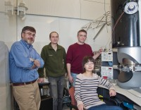 X-Rays and Electrons Join Forces To Map Catalytic Reactions in Real-Time