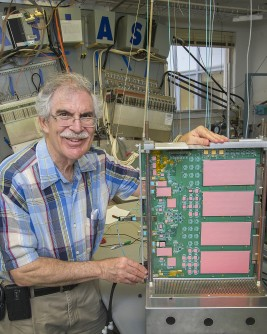 Brookhaven physicist Howard Gordon, a leader in the ATLAS physics program, was the recent recipient of the U.S. ATLAS Lifetime Achievement Award.