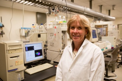 Cynthia Burrows, distinguished professor and chair of chemistry at the University of Utah, has developed a new way to find the kind of damage to our DNA that can lead to disease-causing genetic mutations.