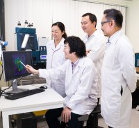 A study by researchers from the National University of Singapore has uncovered the mystery behind the potent parasite-killing effect of artemisinin, a <a href='/news/tags/_Drug'>drug</a>...
