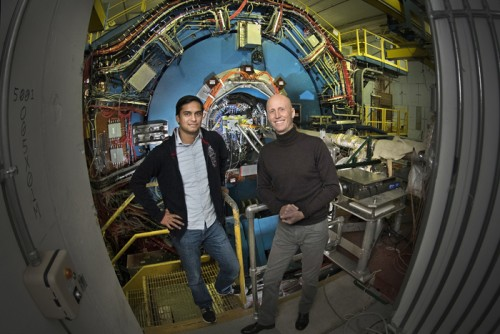 Postdoc Prithwish Tribedy and Brookhaven physicist Paul Sorensen at the STAR detector at the Relativistic Heavy Ion Collider (RHIC).