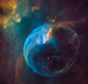Newswise: Hubble Sees a Star 'Inflating' a Giant Bubble