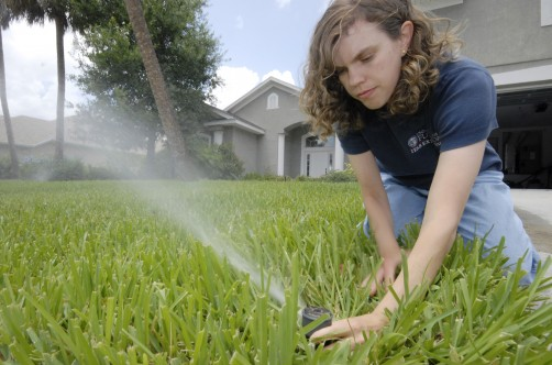Newswise: Want to Conserve More Water? Target Those Who Already Save a Little