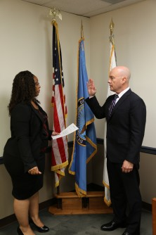 Newswise: Thomas Officially Sworn in as Uniformed Services University of the Health Sciences President