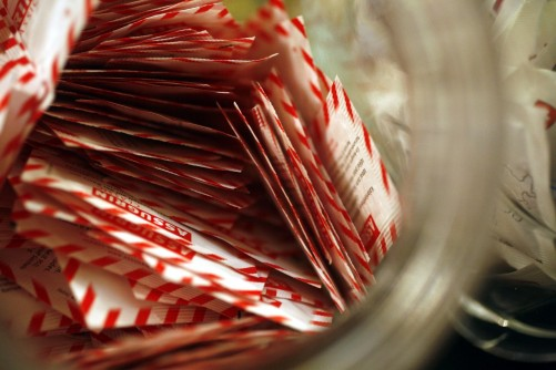 Newswise: Artificial Sweeteners Hit Sour Note with Sketchy Science