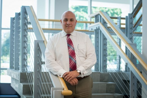 Newswise: Renowned FAU Neuroscientist Leads Research on Lewy Body Dementia (LBD); Oct. 22 is National 'LBD Awareness Day'
