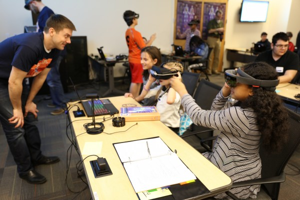 Students at the JHU APL CONVEY STEM workshop at the Uniformed Services University of the Health Sciences learned about prosthetics, anatomy and physiology using virtual and augmented reality headsets.