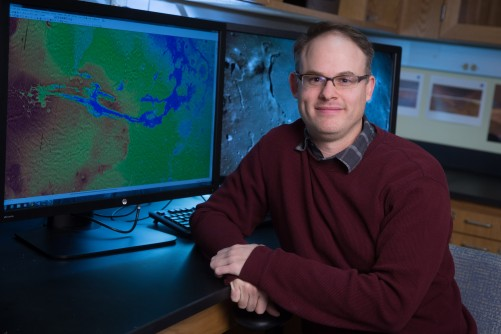 Newswise: SUNYGeneseo Geologist Involved in Investigating Surface of Mars.