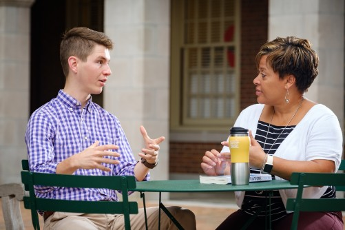 Newswise: Comfortable with Conflict: Wake Forest University Faculty Help Students Navigate Political Divisions