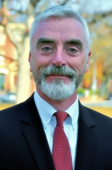 Newswise: Physicist Michael H. Moloney Named New AIP CEO