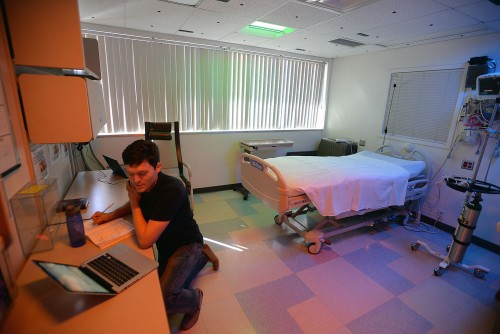 Newswise: Transforming Patient Health Care and Well-Being Through Lighting