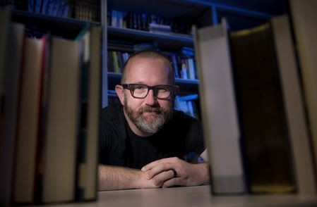 Newswise: UCI Professor and YA Aficionado Can Comment on a Wrinkle in Time