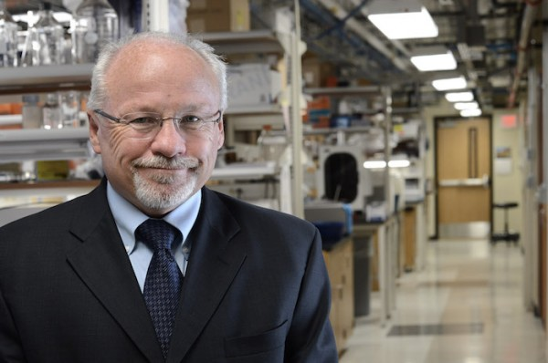 Steven Soper, Foundation Distinguished Professor of Chemistry and Mechanical Engineering at KU and  member of The University of Kansas Cancer Center