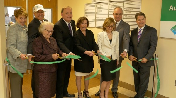 Ribbon Cutting Ceremony at the new Autoimmunity Institute