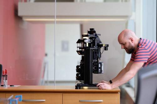 Newswise: 'Flamingo': High-Powered Microscopy Coming to a Scientist Near You