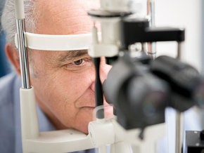 Newswise: Tips on Transferring Your Eye Care to a New Doctor