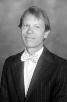 Newswise: UIC receives $1M bequest from beloved art history professor